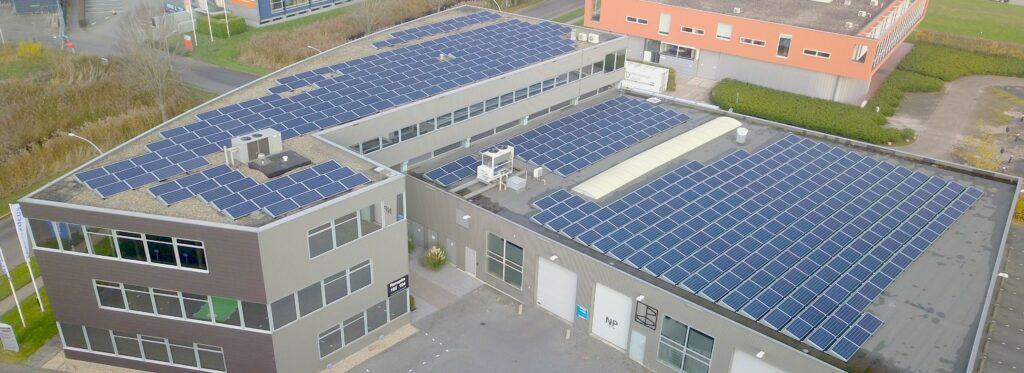 zonnepanelen bij Nieuw-Hollands Energiebedrijf